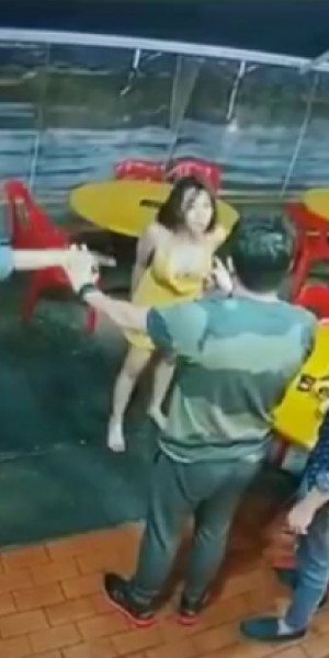 4 women arrested for public nuisance after catfight at Balestier bak kut teh shop