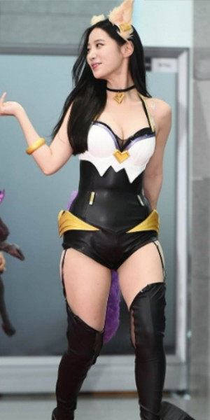 K-pop star Johyun's cosplay slammed for being 'too revealing' but internet disagrees