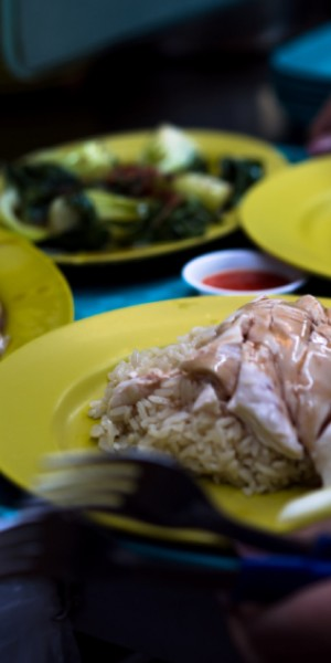 These are the healthier Singapore hawker food that pregnant and breastfeeding mums should eat