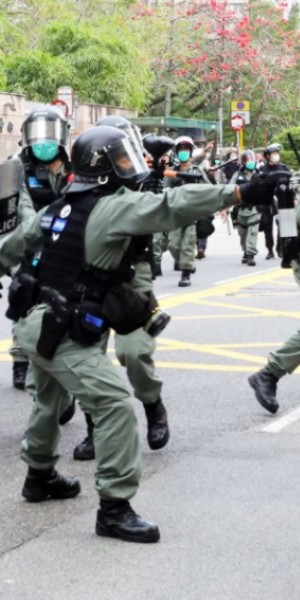 Pepper spray, arrests in Hong Kong's Tai Po district again as planned rally against coronavirus clinic turns into anti-police march