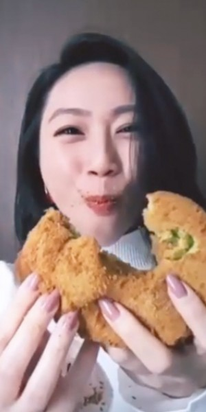 Covid-19: Oon Shu An makes ASMR eating videos to 'send love' and support local food establishments