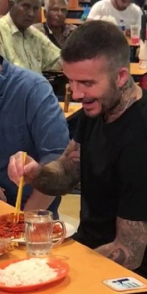 David Beckham drops by Tekka Market to enjoy a plate of mee goreng