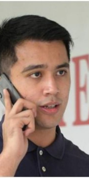 Aliff Aziz defends his right to call his father for help when he was pinned down by police
