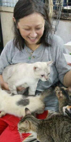 Woman who spent over $3m saving Singapore's stray animals dies of cancer
