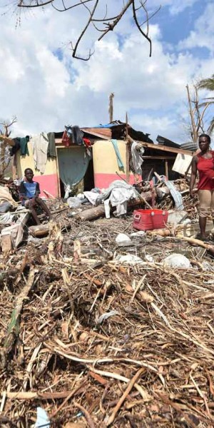 Haitians rebuild as aid effort gains traction