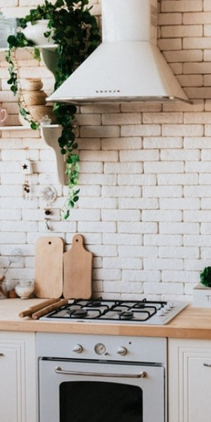 4 ways the kitchen could eat up good Feng Shui... and what you can do about it