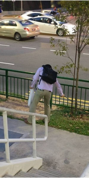 Japanese man helps to pick up litter simply because he likes Singapore