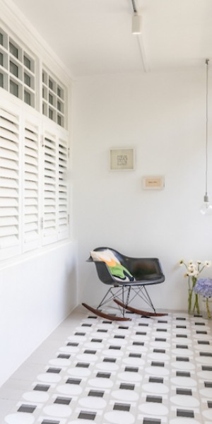 House tour: The quaint pre-war Tiong Bahru flat of a jewelry designer