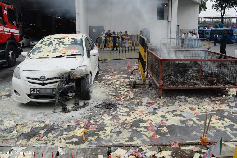 20170801_burnt_car_shinmin.jpg?itok=Rh21