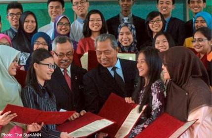 Medicine still top choice of Malaysian students despite glut