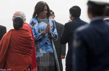 Michelle Obama to receive 100 hand-woven saris on India trip