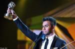 First Singapore Idol winner wins 3 fan-voted awards at Anugerah Planet Muzik show