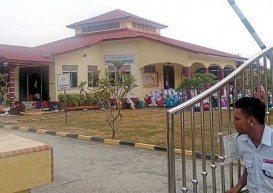 Mass hysteria returns to Malaysian school; 30 students 'affected'