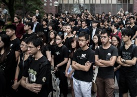 2,000 protest at Hong Kong University over academic freedom