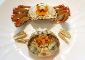 How to eat hairy crab in 8 simple steps