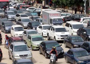 KL-bound traffic hit by snarls ahead of Bersih 4 rally