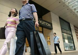 China's yuan cut a bad omen for France's luxury sector