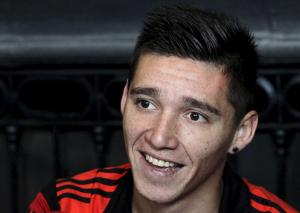 Football-Atletico agree to sign Argentina midfielder