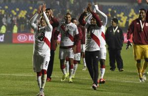 Football: Peru clinch third as Paraguay downed
