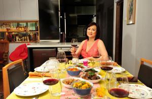 Dine with SSO violinist