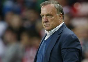 Football: Advocaat steps down as Sunderland coach
