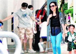 HK celebs' kids caught in media frenzy during first day of school