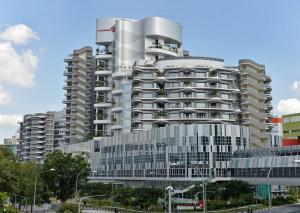 Ng Teng Fong General Hospital to accept all patients taken there by ambulance