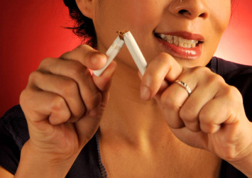 Money a better motivator to stop smoking than free e-cigs or quit aids