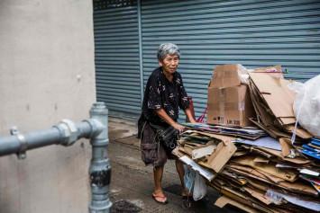 Sent packing: Hong Kong's elderly cardboard collectors