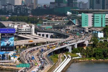 Singaporeans cancel CNY shopping trips to Johor