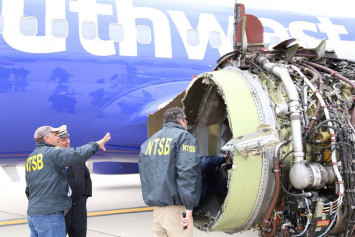 1 dead after engine explodes midair on Southwest Airlines flight
