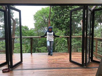 Malaysian woman with no design background builds dream home in less than a month