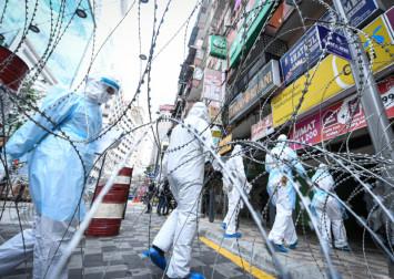 Coronavirus: Malaysia's popular shopping streets Jalan Masjid India under total lockdown