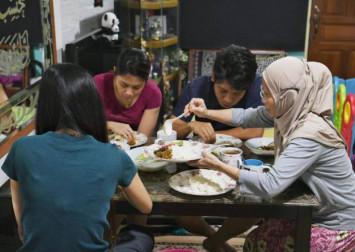 Facing Ramadan like never before: How SG Muslims cope