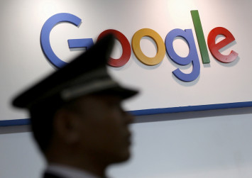 Google plans censored version of search engine in China: sources