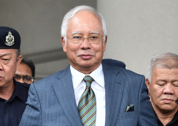 Najib releases documents as proof of $100 million donation from Saudi royalty