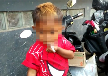 Indonesian boy, 2, smokes up to 40 cigarettes a day, drinks coffee
