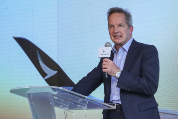 Cathay Pacific CEO Rupert Hogg resigns in midst of Hong Kong protest controversy