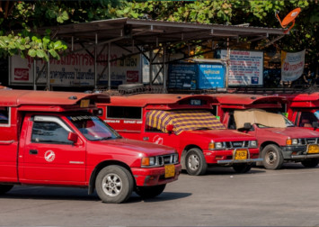 Chiang Mai's red cars boiling mad at Grab