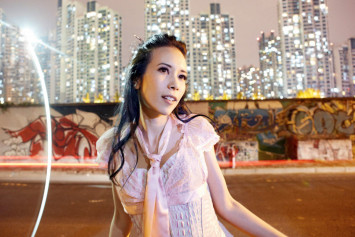 Movenpick hotel apologises for putting Hong Kong singer Karen Mok's dirty sheets up for sale