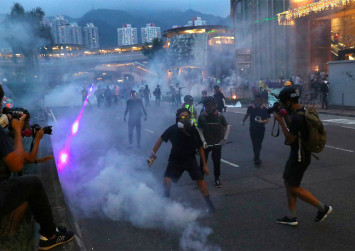 Hong Kong tourism hit by anti-extradition protests, economy will take a long time to recover