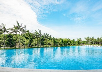 Seaside Residences review: Stunning unblocked sea views with a lovely pool