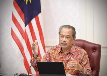 Malaysia's political crisis: Calls to replace PM Muhyiddin with Anwar as no-confidence vote looms
