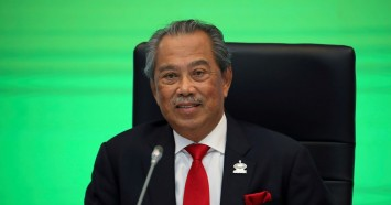 Explainer: What happens next in Malaysia's politics if PM Muhyiddin steps down