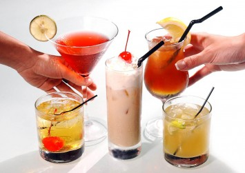 Drinking alcohol linked with 7 types of cancer