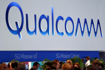 Court orders China sales ban on older Apple iPhones in Qualcomm case