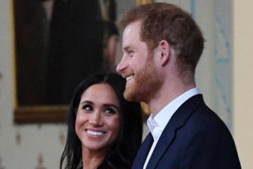 'Very pregnant' UK duchess Meghan makes Christmas trip to care home