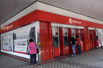 Former OCBC dealer on trial for unauthorised trades which caused losses to bank