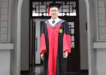 The Chinese high-school dropout and former duck farmer who became a doctor after 20 years' trying