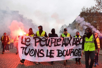 Singaporeans in France told to avoid large gatherings as 'yellow vest' violence over fuel tax hike continues